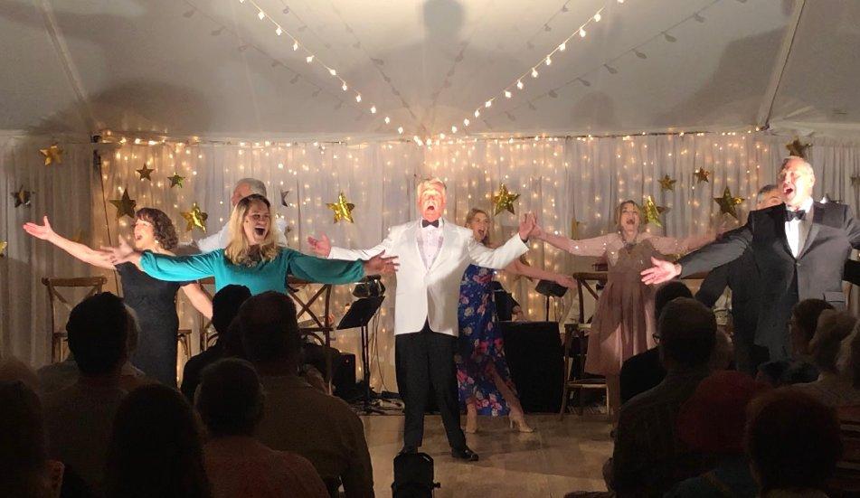 Singers Perform Finale